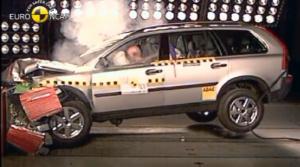 Volvo XC90 je špičkou v bezpečnosti, za 14 rokov v ňom v Británii nik nezomrel pri nehode