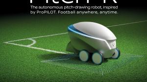 Robot Nissanu vám pripraví futbalové ihrisko