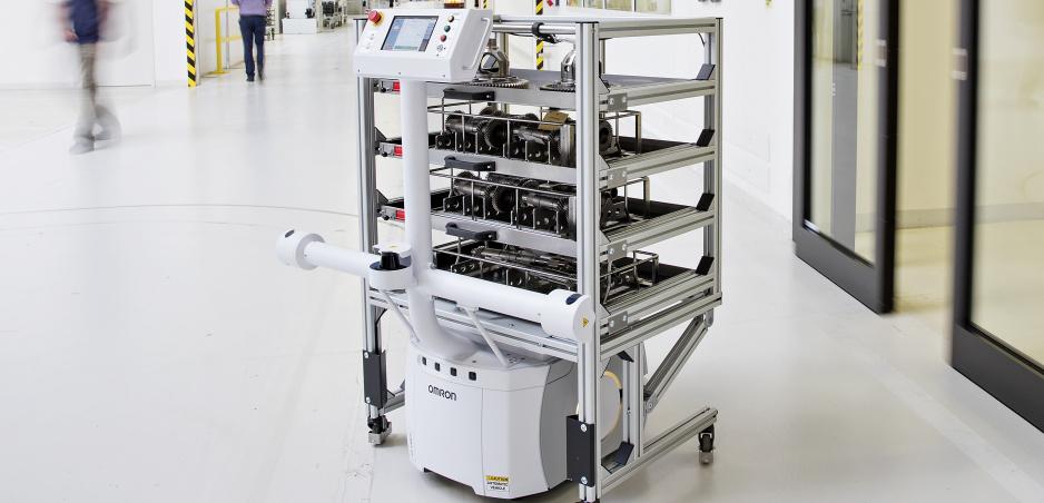 Škoda začala vo výrobe využívať  autonómneho robota