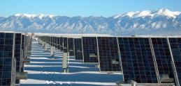 Tesla v USA  zatvorí viac ako tucet solárnych zariadení