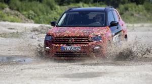 Volkswagen ukazuje nové SUV T-Cross vo videu. Na pohon 4x4 zabudnime