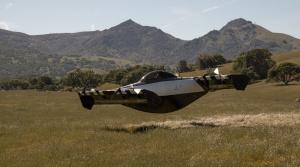 BlackFly je funkčné lietajúce auto za cenu SUV