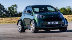 Aston Martin postavil vlastné mestské auto. Je malé a supervýkonné