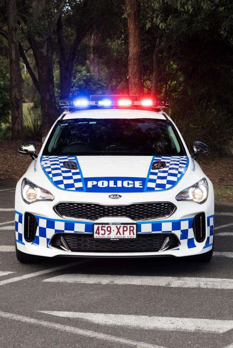 Kia Stinger GT policia