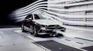 Mercedes A prichádza ako sedan s vynikajúcou aerodynamikou