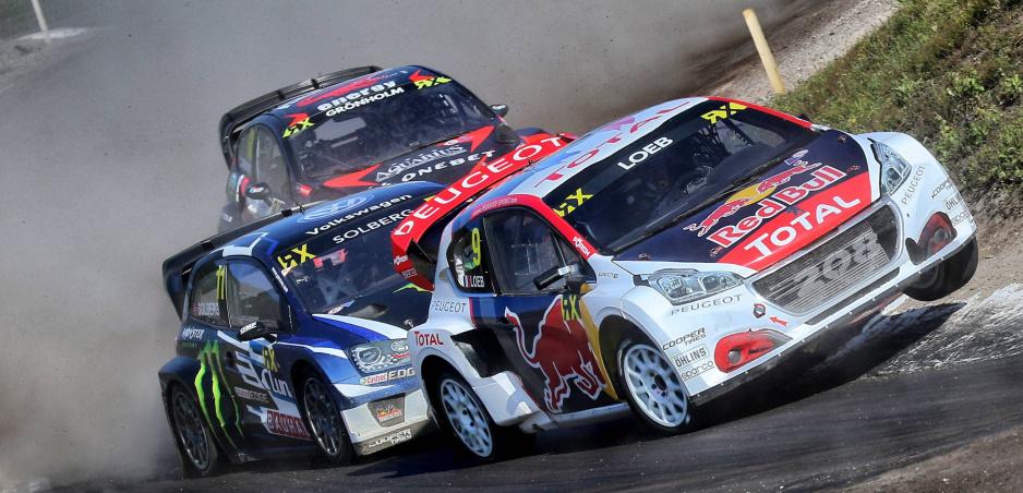 Jacques Villeneuve sa vracia do rallycrossu