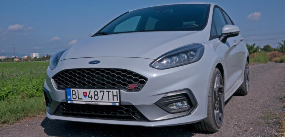 Test Ford Fiesta ST Performance: Adrenalín veľkosti S