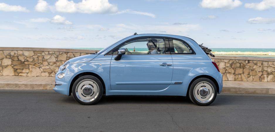 Fiat 500 bude retro: Nový stupeň výbavy sa vráti do 50s