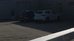 Čitateľ odfotil Atecu Cupra a nový Seat Tarraco, mieria na autosalón do Nitry