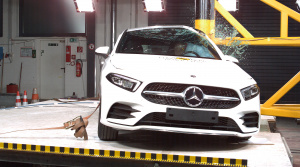 Hyundai Nexo ako prvé vodíkové auto podstúpilo nárazové testy, exceloval Mercedes A