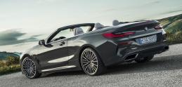 BMW odhalilo už aj kabriolet modelového radu 8