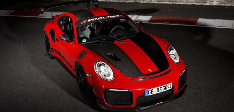 Porsche má ďalší rekord z  Nürburgringu. Pozrite si jazdu 911 GT2 RS MR vo videu