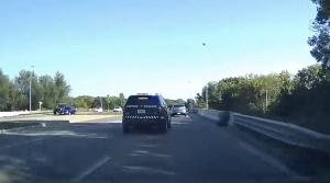 Netrpezlivý vodič takmer spôsobil nehodu. Spravodlivosť si ho našla