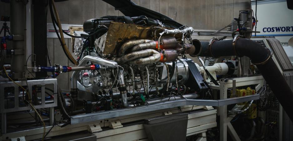 Aston Martin Valkyrie V12 točí až 11 100 otáčok. Vypočujte si symfóniu vo videu
