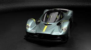Cestnú verziu Aston Martin Valkyrie zrýchli na okruhu balík AMR Track Pack