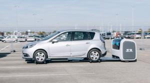 Na londýnskom letisku Gatwick zaparkuje vaše auto robot