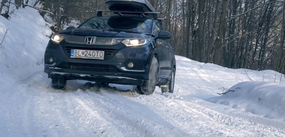 Test: Hondu HR-V s predným pohonom sme preverili na snehu