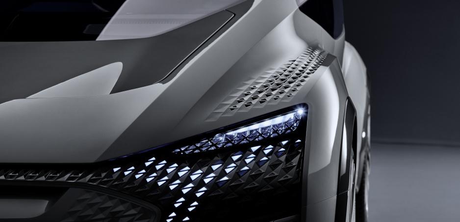 Audi predstaví v Šanghaji elektrické SUV Q2L e-tron a druhú generáciu modelu Q3