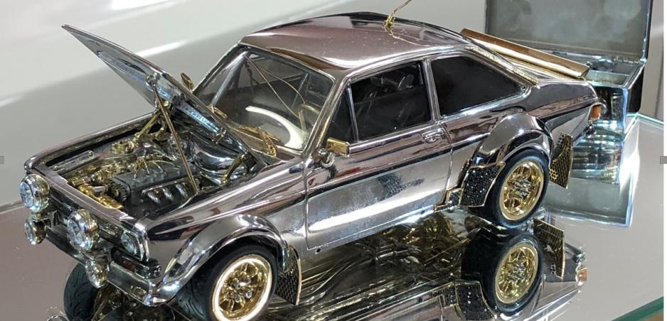 Zmenšený model starého Fordu Escort pôjde do aukcie, cenou prekoná aj drahé autá