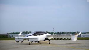 Nemecké lietajúce taxi zvládlo prvú letovú skúšku