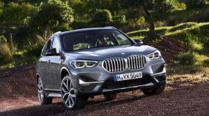 BMW X1 dostalo novú masku a dočká sa plug in hybridného pohonu