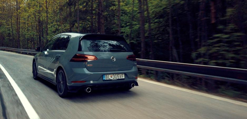 Test: Volkswagen Golf GTI dostal s označením TCR patričnú štipľavosť