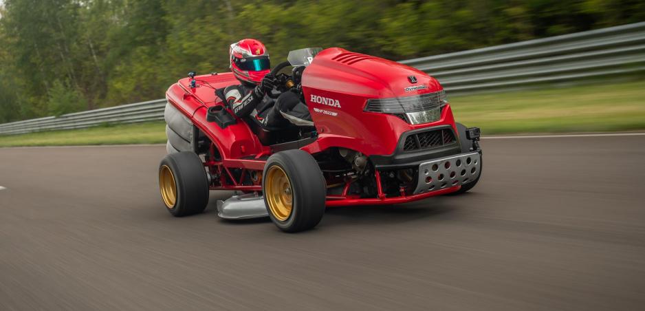 Honda postavila superrýchlu kosačku a zapísala sa do knihy rekordov
