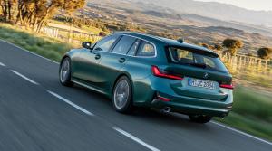 Nové BMW 3 Touring je väčšie. Viac priestoru ako kufor získala posádka