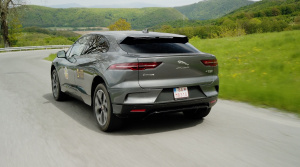 Test Jaguaru I Pace: Takto má vyzerať prémiový elektromobil