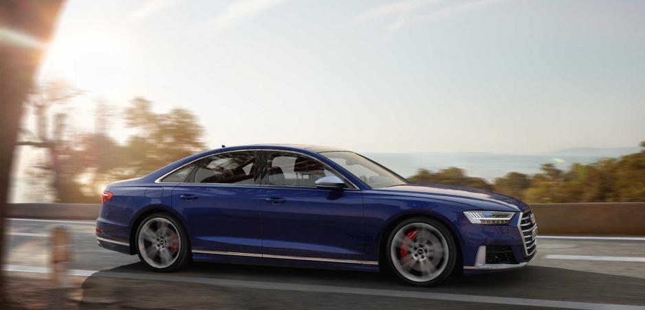 Audi S8 sa spoľahne na výkonný benzínový motor