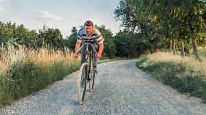Na historickom bicykli Slavia z roku 1895 sa postaví na štart etapy Tour de France