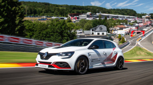 Renault Mégane R.S. Trophy-R pokoril Civic Type R na okruhu Spa-Francorchamps