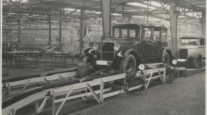 90 rokov pásovej výroby v Škode. Pozrite sa, ako vyzeral výrobný proces