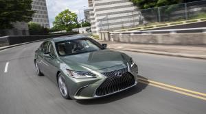 Lexus ES 300h získal v Ecoteste autoklubu ADAC štyri hviezdičky