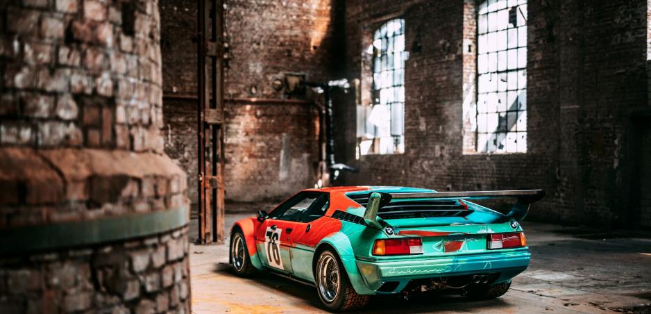 BMW M1 je umeleckým dielom Andy Warhola. Pozrite si ho na nových fotkách