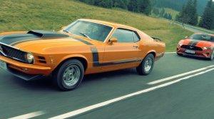 Test Mustang 5,0 V8 GT a BOSS 302: Moderna a história. Ktorý je lepší?
