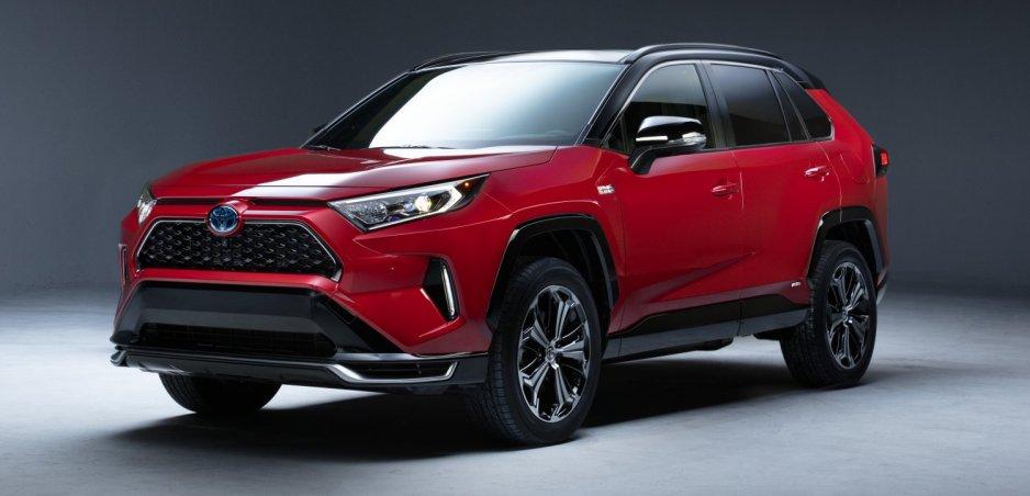 Toyota ohlásila plug in hybridnú verziu RAV4. Výkonom sa zaradí na vrchol