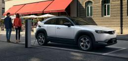 Elektrická Mazda MX-30 dostala protismerné dvere