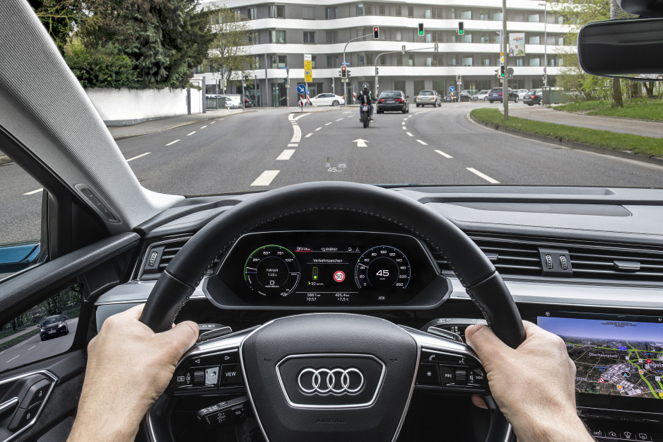 Audi Car2X