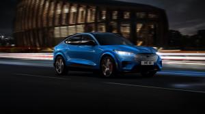 Nový Ford Mustang Mach-E sa ukazuje na oficiálnych fotografiách