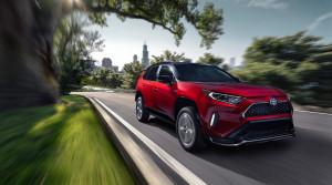 Toyota predstavila najvýkonnejší model RAV4 - plug-in hybrid