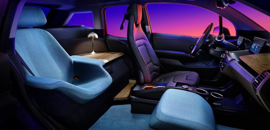 BMW i3 s obývačkou: Verzia Urban Suite je komfortnejšia ako váš byt