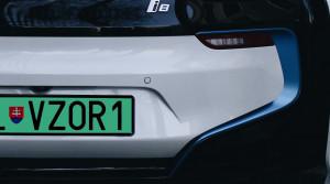 Elektromobily dostali nové značky. Budú zelené