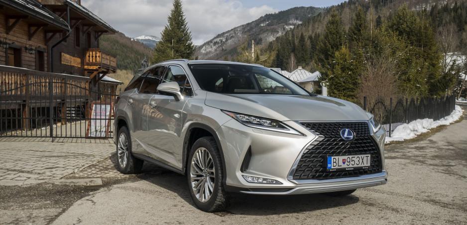 Test: Lexus RX L je o priestore a komforte