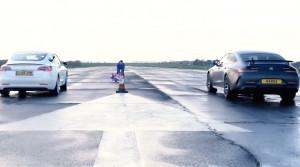 Mercedes AMG GT vs. Tesla Model 3. Ktoré prejde štvrť míle rýchlejšie?