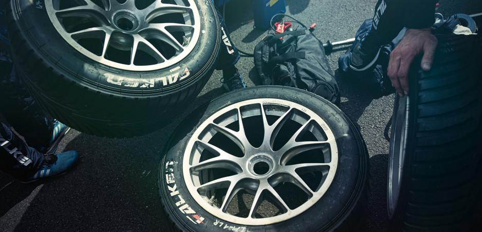 Tipy ako sa postarať o pneumatiky, kým počas pandémie nejazdíte