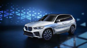 BMW stále verí aj vodíku. V pláne je vodíkové SUV X5