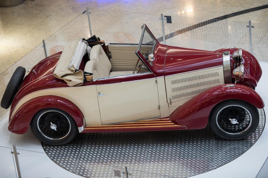 Bugatti  T 40 S  Ganloff (1800x1200)