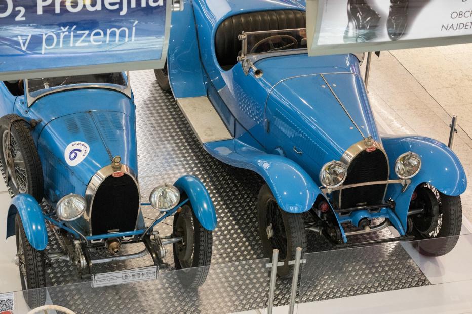 Bugatti-1752 (1800x1200)
