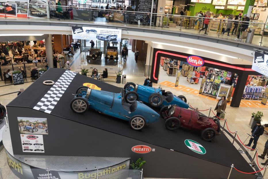 Bugatti-1930 (1800x1200)
